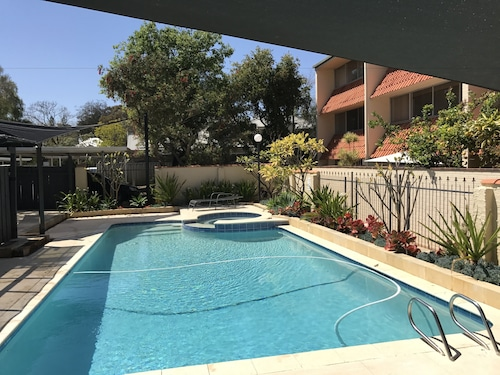 Rosalie Apartment Central Perth Location