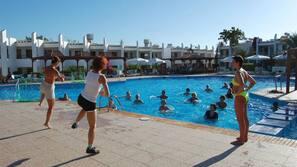 Außenpool, Schwimmbecken