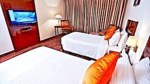 埃及棉床单、高档床上用品、迷你吧、客房内保险箱