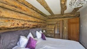4 slaapkamers, een strijkplank/strijkijzer, babybedden, wifi