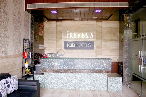 FabHotel Tryfena East of Kailash