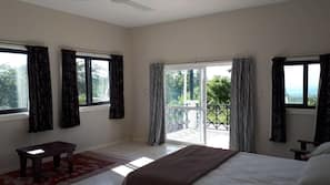 3 bedrooms, blackout drapes, iron/ironing board, bed sheets