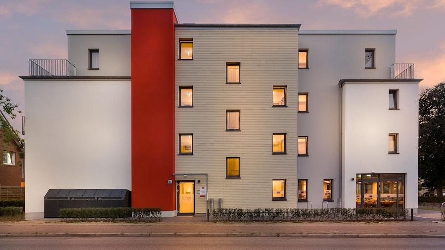 Signature East Hotel Apartment