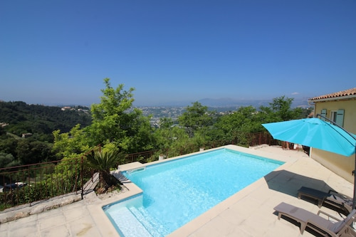 Nice Booking - Nice Villa Piscine