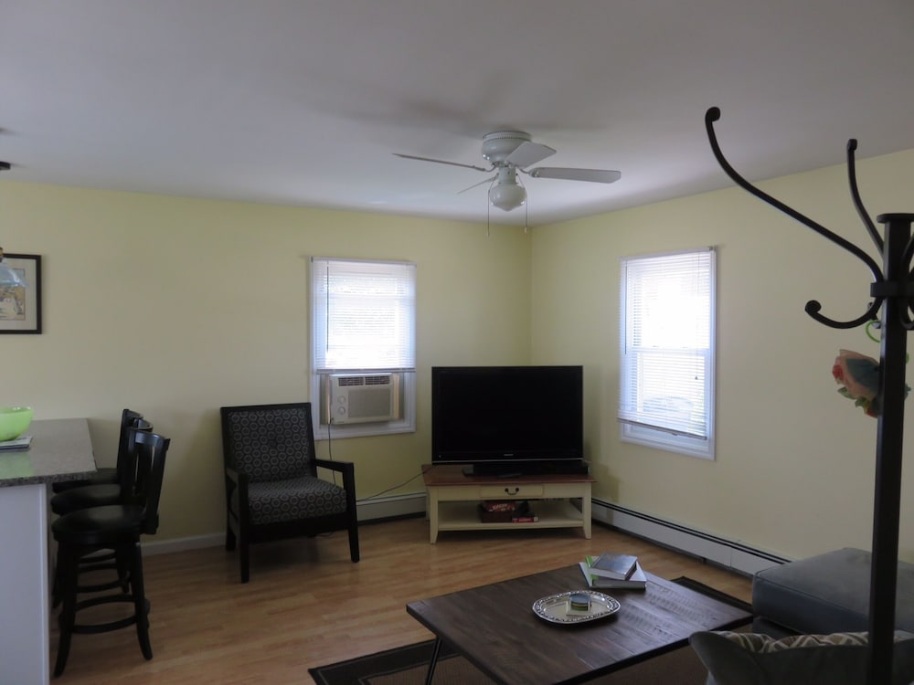 Living Room, Great Summer Value. Clean, Cozy Cottage