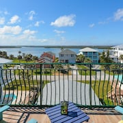 Spectacular, Ocean and River View in Spacious Home! Perfect for Large Families or Groups! 6640t
