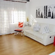 Offer, Spacious Confortable 3 Bedrooms , Climatissation + Free Wifi