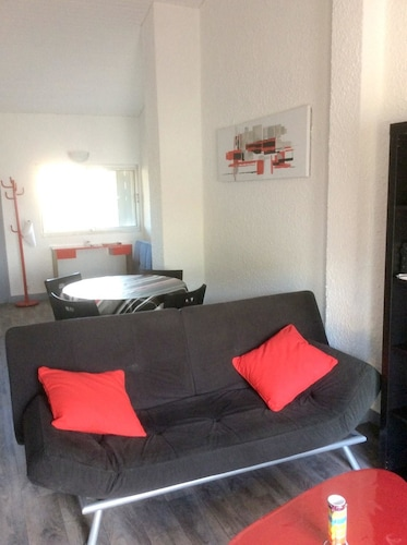 Apartment With one Bedroom in Canet-en-roussillon, With Wonderful sea View and Terrace - 100 m From the Beach