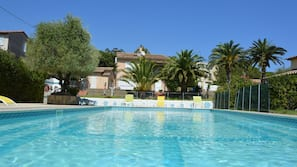Seasonal outdoor pool, open 9:30 AM to 9:00 PM, sun loungers