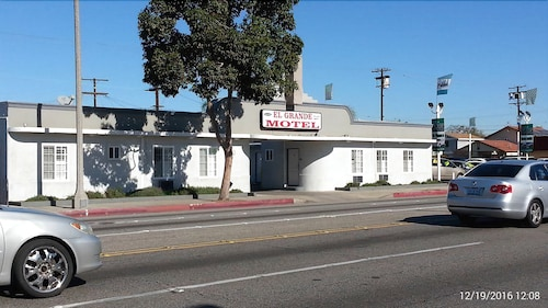 Great Place to stay El Grande Motel near South Gate