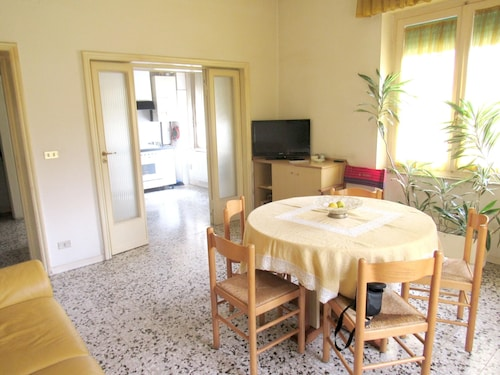 Apartment With 3 Bedrooms in Pescara - 50 m From the Beach