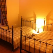 Self Catering Guest Rooms Duns