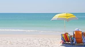 Beach nearby, white sand, sun-loungers, beach umbrellas