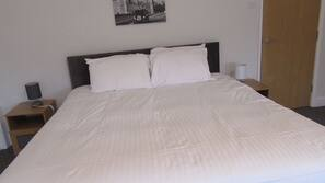 1 bedroom, iron/ironing board, free cribs/infant beds