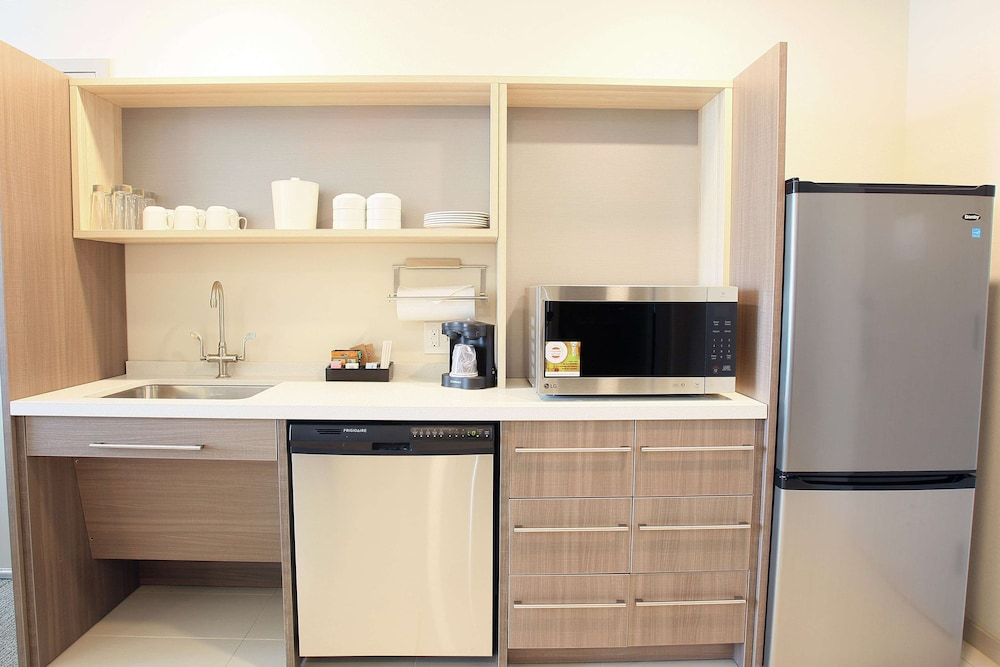 Private Kitchen, Home2 Suites by Hilton Nampa