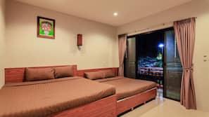 6 ห้องนอน, ผ้าม่านกันแสง, เตียงเสริม/เปล
