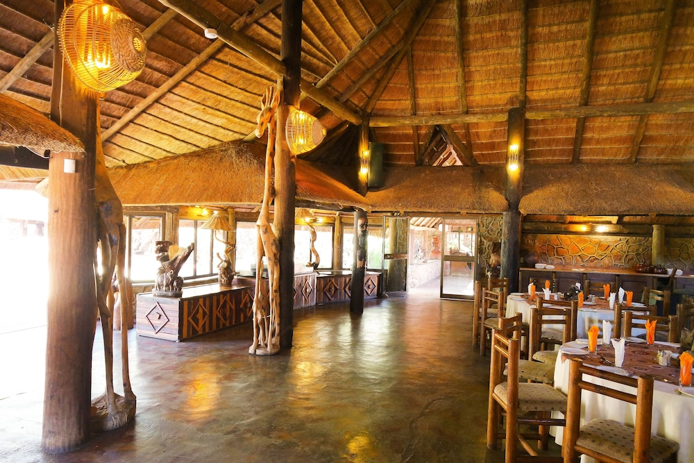 Restaurant, Kwalata Game Lodge