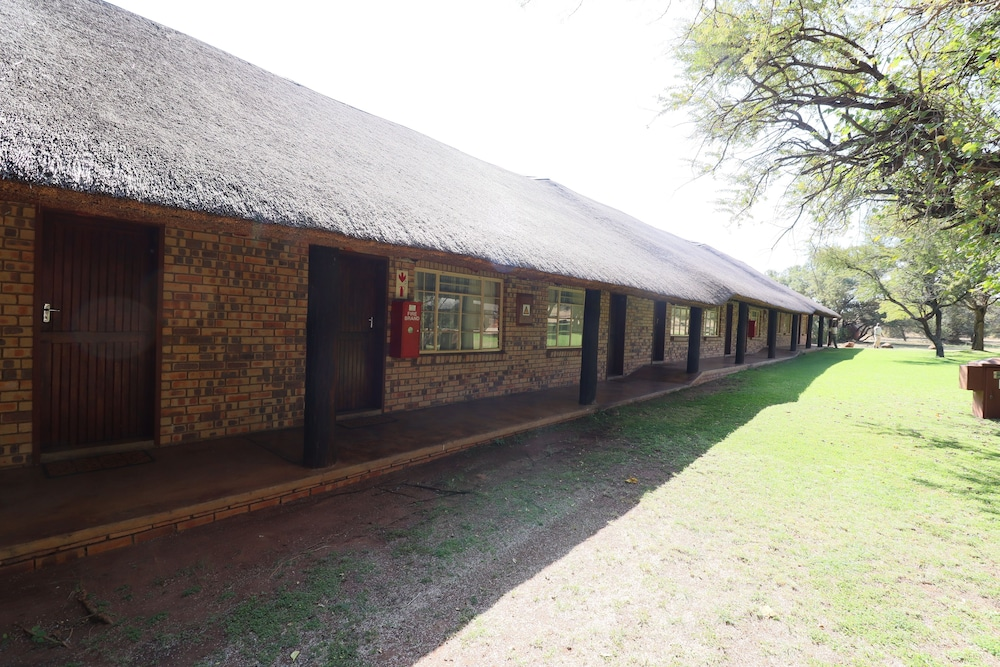 Exterior detail, Kwalata Game Lodge