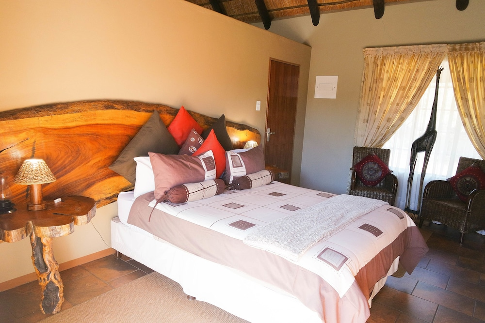 Room, Kwalata Game Lodge