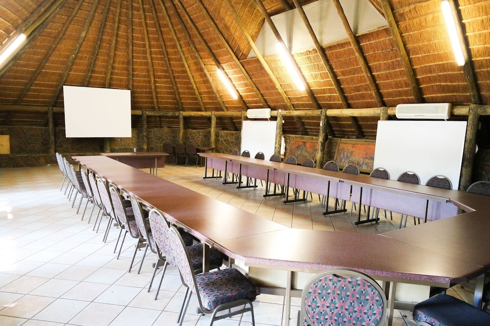 Business Center, Kwalata Game Lodge