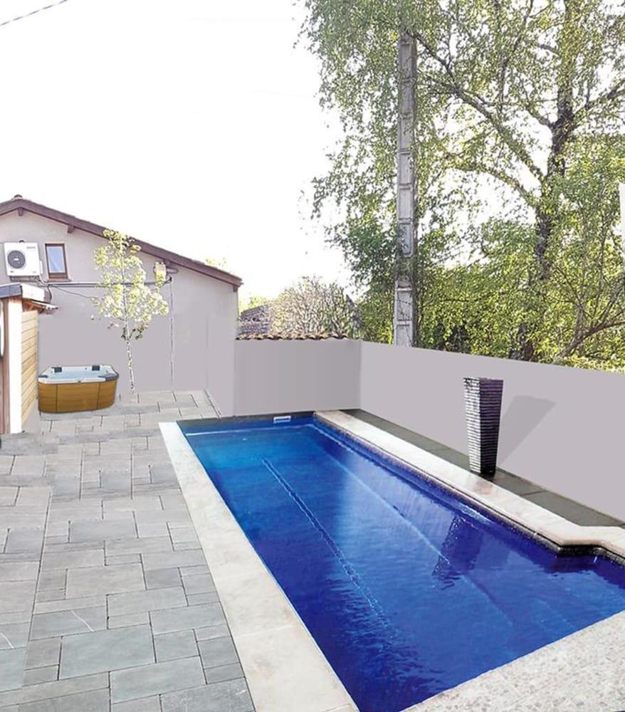 Piscines Es & Spas haras picard du sant le chalet spa et piscine in lasserre