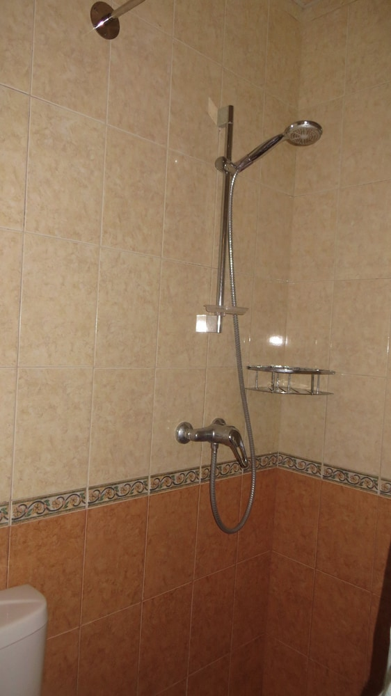 Bathroom Shower, Antonina Guest House