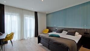 Zimmersafe, Schreibtisch, kostenpflichtige Babybetten, kostenloses WLAN