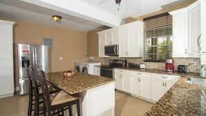 Full-size fridge, microwave, coffee/tea maker
