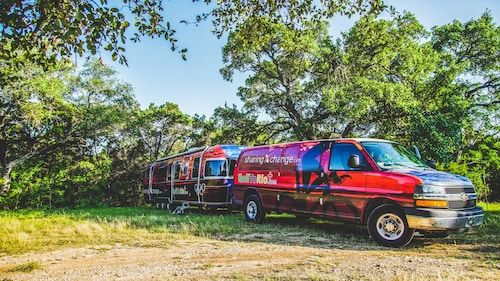 Great Place to stay Amazing Airstream Experience near Austin