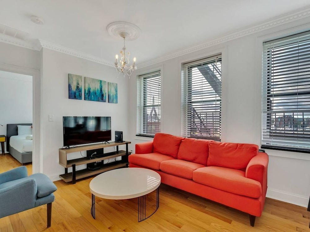 Wonderful 2br1ba In North End By Domio 2019 Room Prices 79 Deals