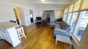 Smart TV, fireplace, video games, table tennis table