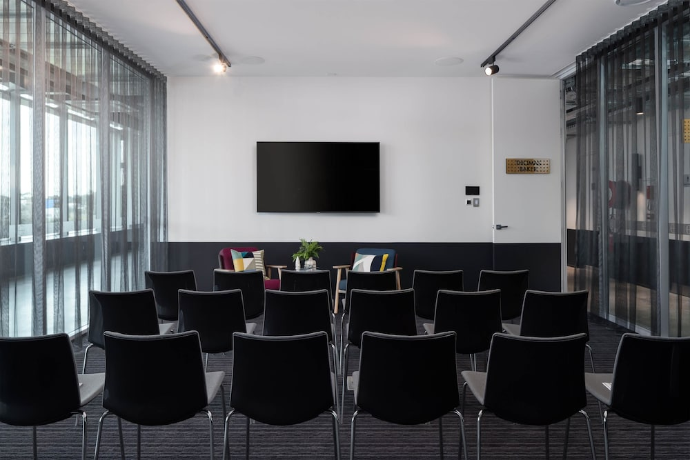 Meeting Facility, Atura Adelaide Airport