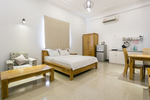 Halo Serviced Apartment