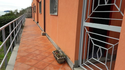 Apartment With 2 Bedrooms in Lerici, With Wonderful sea View and Balcony - 100 m From the Beach