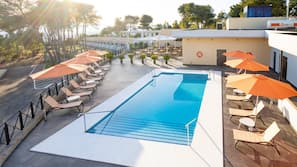 Outdoor pool, open 8:00 AM to 11:00 PM, pool umbrellas, pool loungers