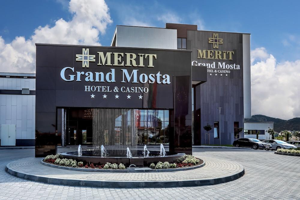 ホテル メッリト グランド モス...