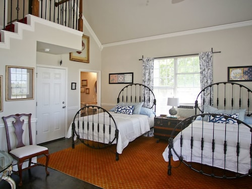 Great Place to stay Cottage @ The Big Green House B&b-sleeps 10, Private Bath, 15 Minutes to Winstar near Gainesville