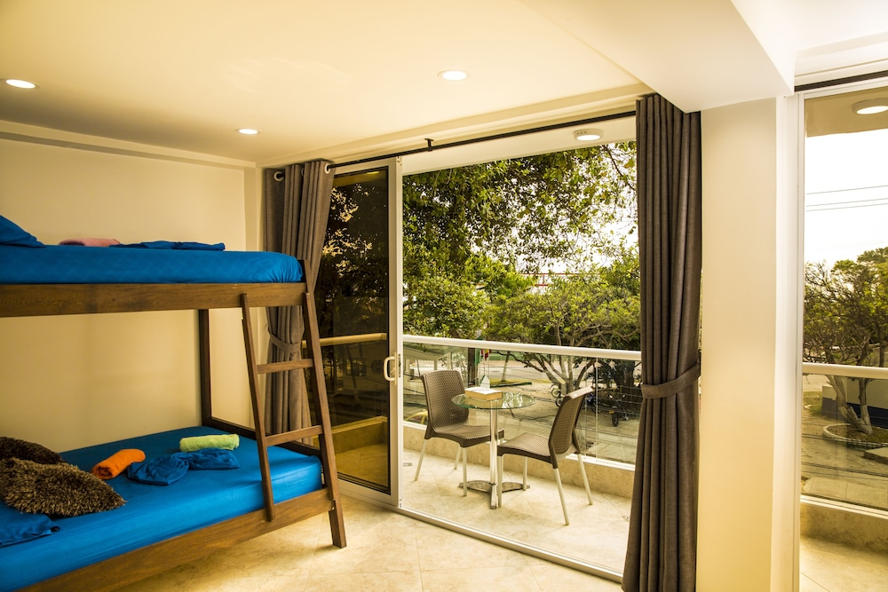 Hollywood Beach Suite In Cartagena Hotel Rates Reviews