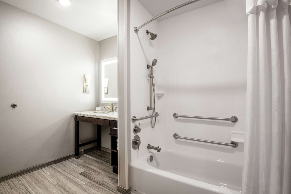 Bathroom, Homewood Suites by Hilton Steamboat Springs