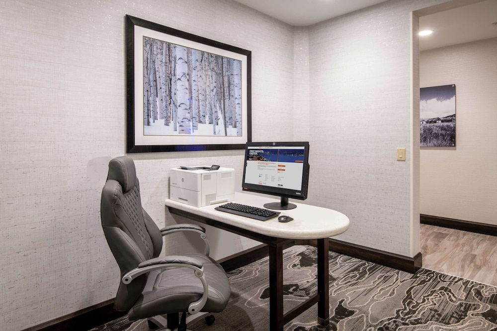 Business Center, Homewood Suites by Hilton Steamboat Springs