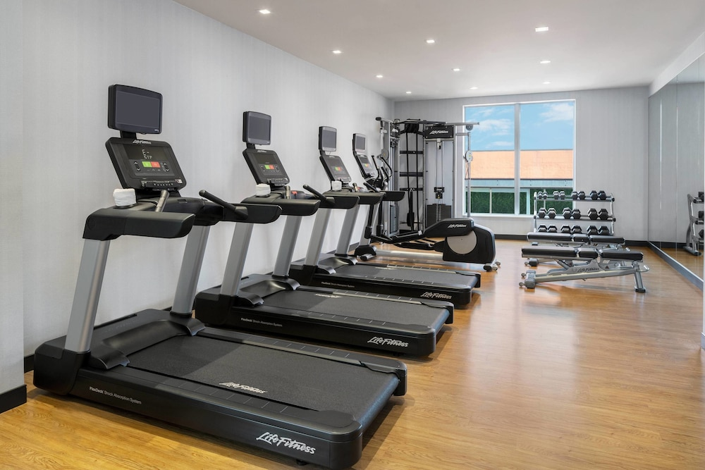 Fitness Facility, AC Hotel Pittsburgh Downtown