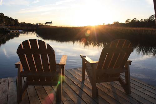 Shem Creek Paradise. Fish, Paddle, Kayak Off Your Own Covered Dock With Floater