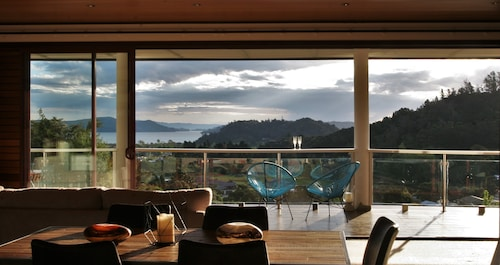 Coromandel Views Bed and Breakfast