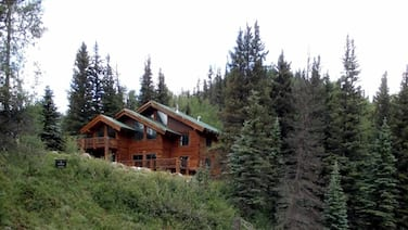 Private 48 Acre Riverfront Lodge Surrounded by Beautiful National Forest!