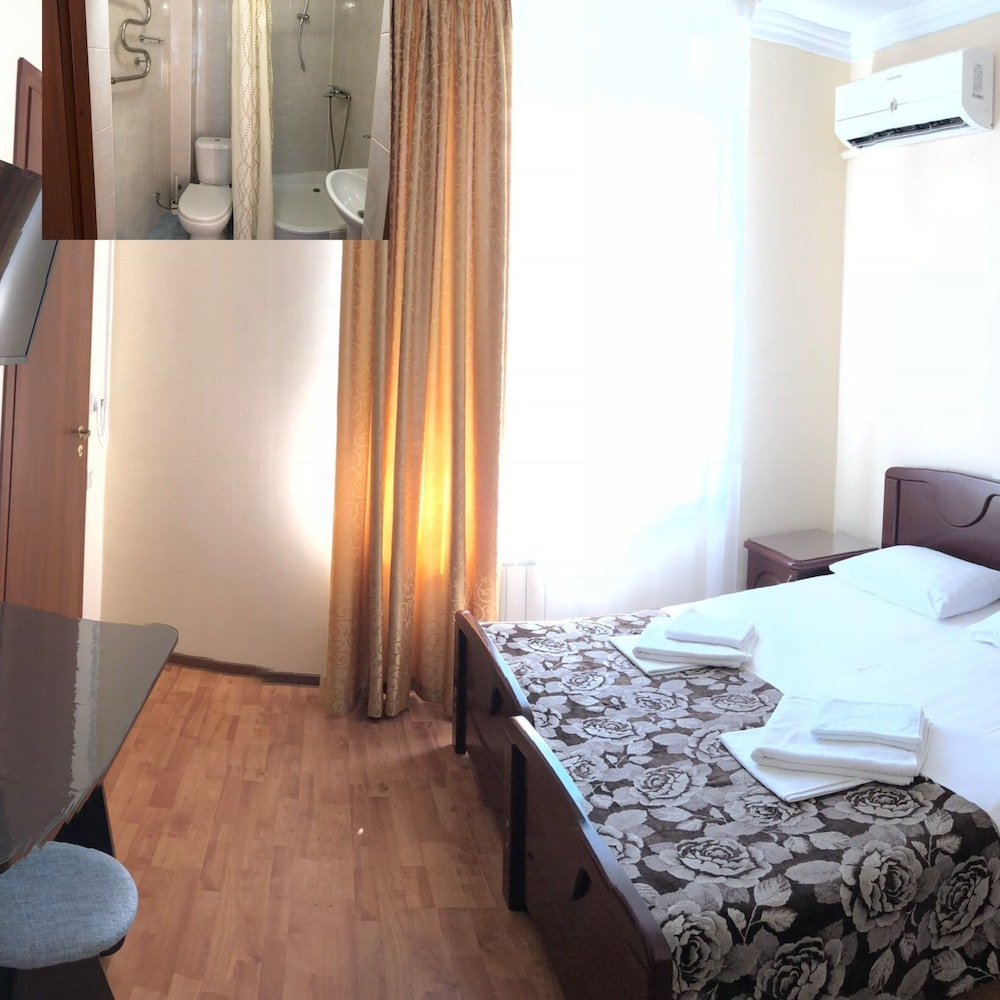 Room, Lilona Guest House