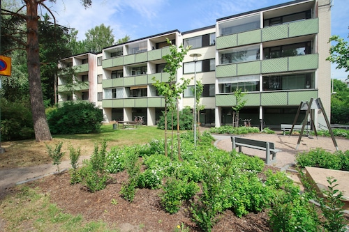 Three Bedroom Apartment in Helsinki, Mäkitorpantie 30