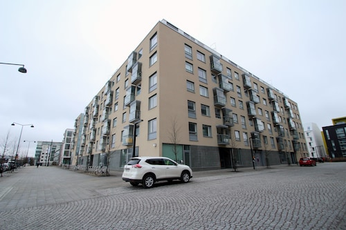 One-bedroom Apartment With a Balcony in Jätkäsaari, Helsinki - Saukonpaadenranta 4
