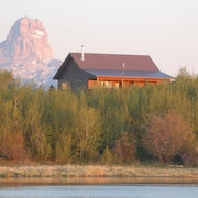 Open the Door to An Extraordinary Montana Adventure! Early Fall Dates Available!