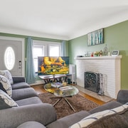 Super Cute & Great Home of Yours in Ferndale, MI