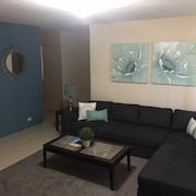 Walking Distance to the University of Guam! 2bed/1bath!!!!